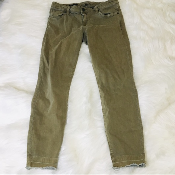 Kut from the Kloth Denim - Kut From The Kloth Olive Fray Hem Skinny Jeans!